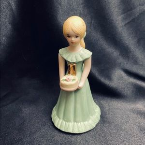 Enesco Growing Up Bday Girl Blonde Age 11 Figurine